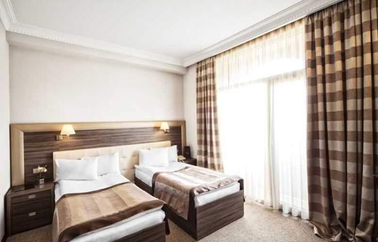 Cruise - Room - 17