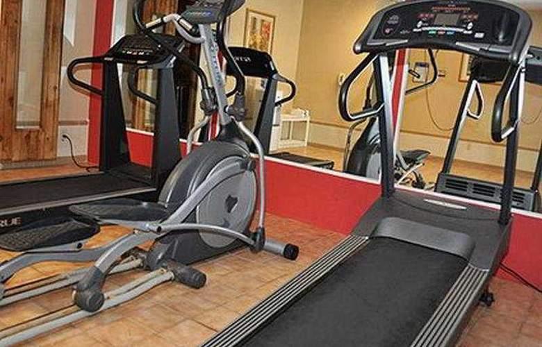 Comfort Inn Historic - Sport - 9