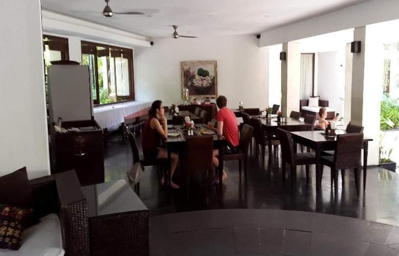 Villa Diana Bali - Bar - 21