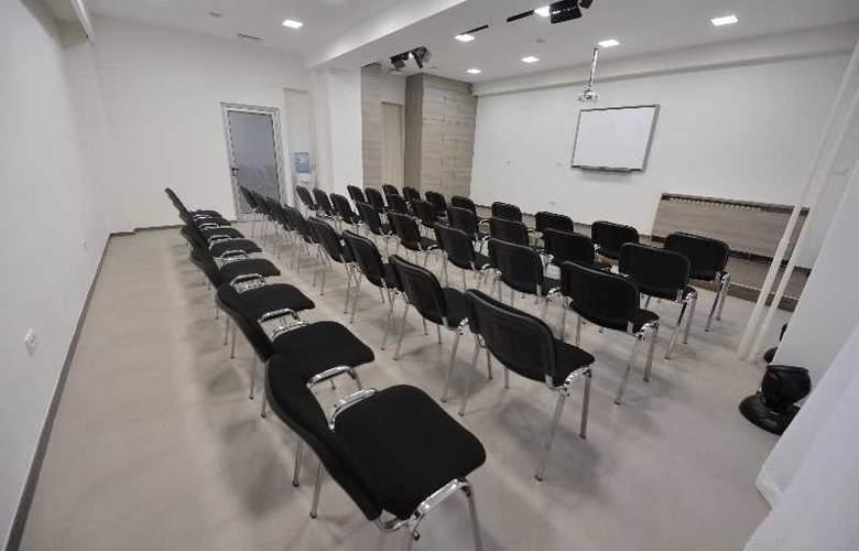 Adresa - Conference - 37