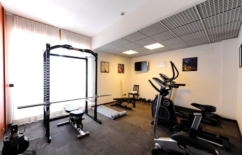 Residence Corvetto Porto di Mare - Sport - 2