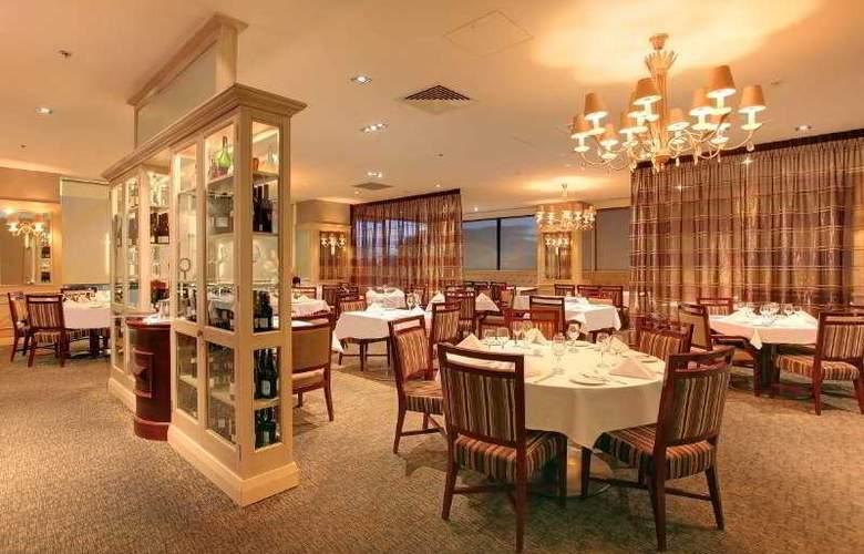 The Spencer on Byron - Restaurant - 5