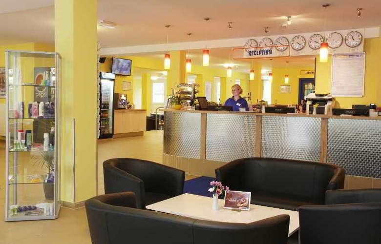 A&O Frankfurt Galluswarte Hotel - General - 12