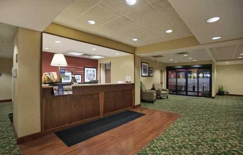 Hampton Inn Sidney - Hotel - 0