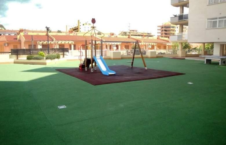 Argenta-Caleta 3000 - Services - 3