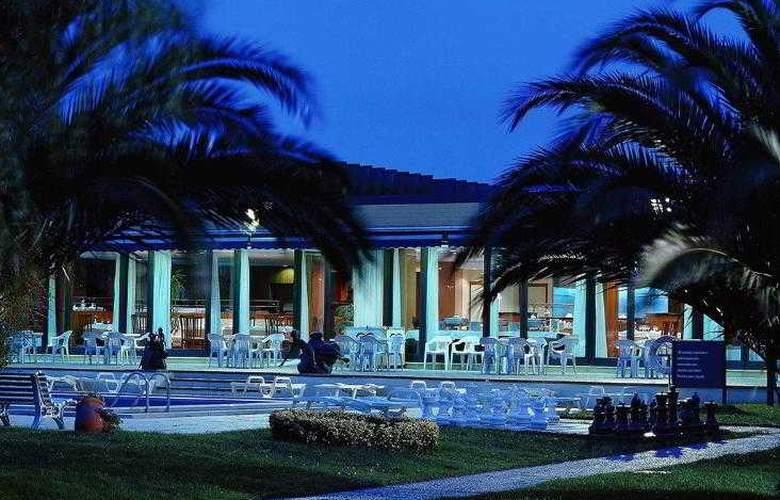 Novotel Porto Gaia - Hotel - 10