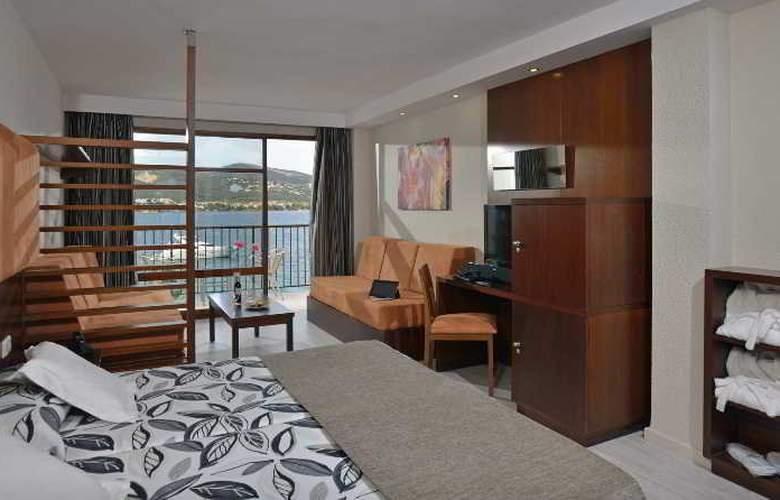 Alua Hawaii Mallorca and Suites - Room - 1