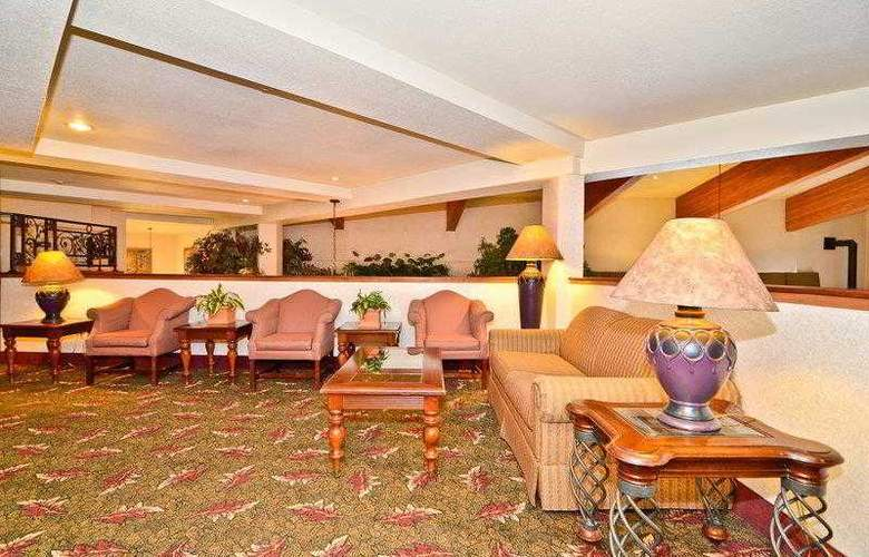 Best Western Plus High Sierra Hotel - Hotel - 48