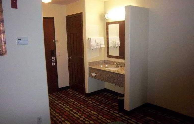 Best Western Greentree Inn & Suites - Hotel - 20
