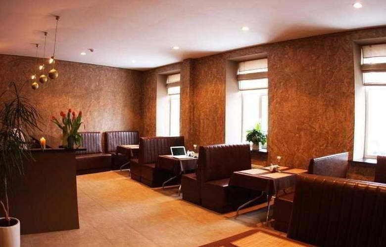 Primo Hotel - Restaurant - 8