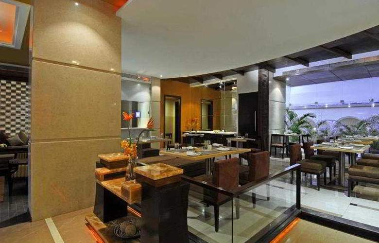 Grand Residency Hotel & Service Apartment - Restaurant - 5