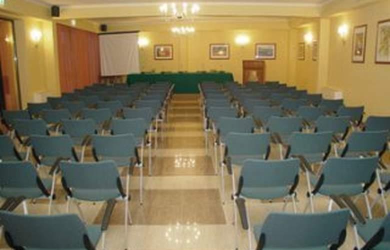 Ruggero II - Conference - 4