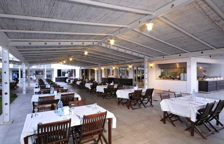 Javelin Beach Club & Spa - Restaurant - 8