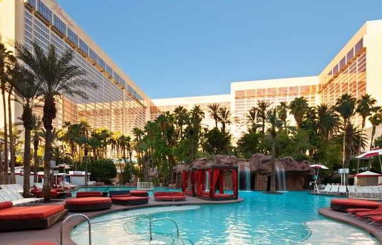 Flamingo Las Vegas - Pool - 15