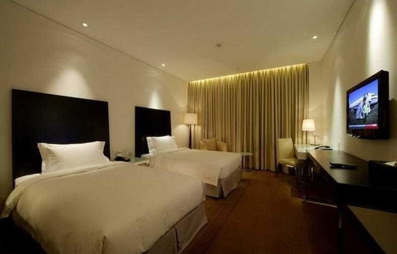 Ramada Parkside - Room - 3