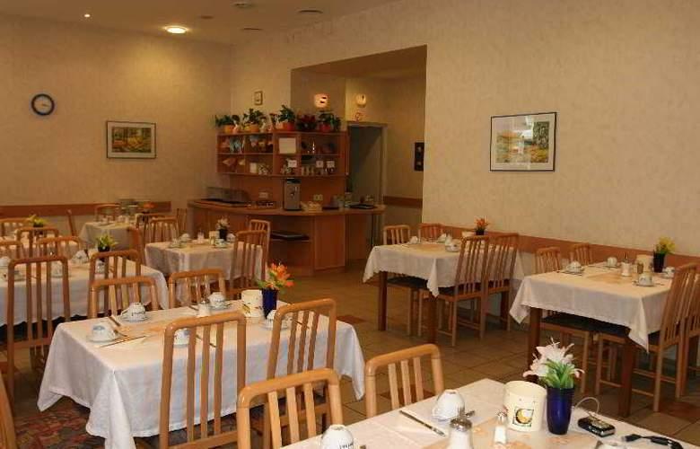Admiral - Restaurant - 12