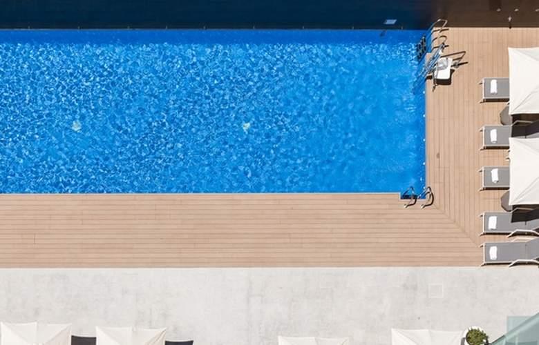Ilunion Atrium - Pool - 29