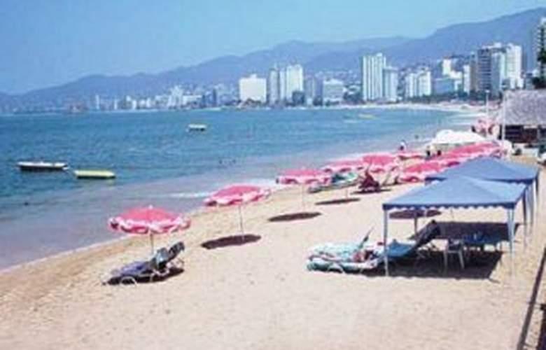 La Palapa - Beach - 3