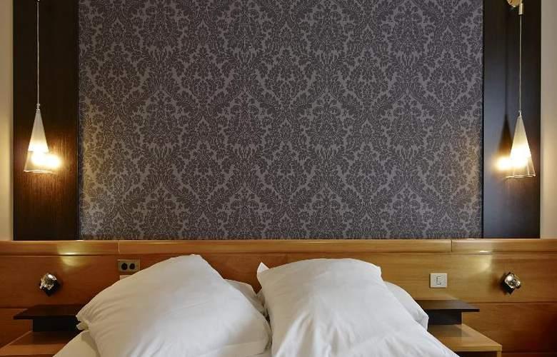 Carris Alfonso IX - Room - 15