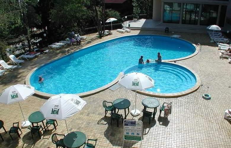 Palm Beach - Pool - 11
