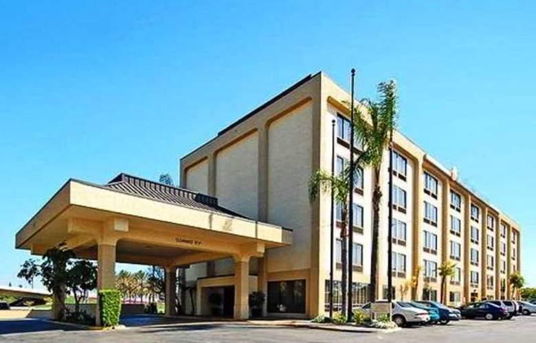 Comfort Inn & Suites - Anaheim - Hotel - 0