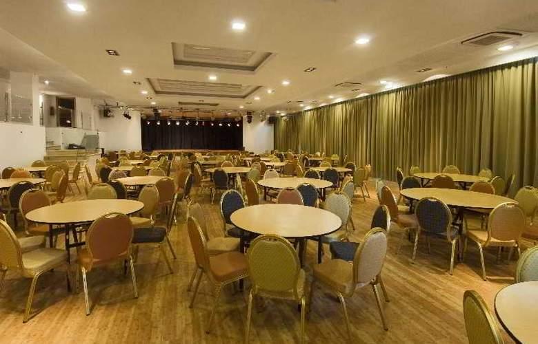 Alto da Colina - Conference - 16