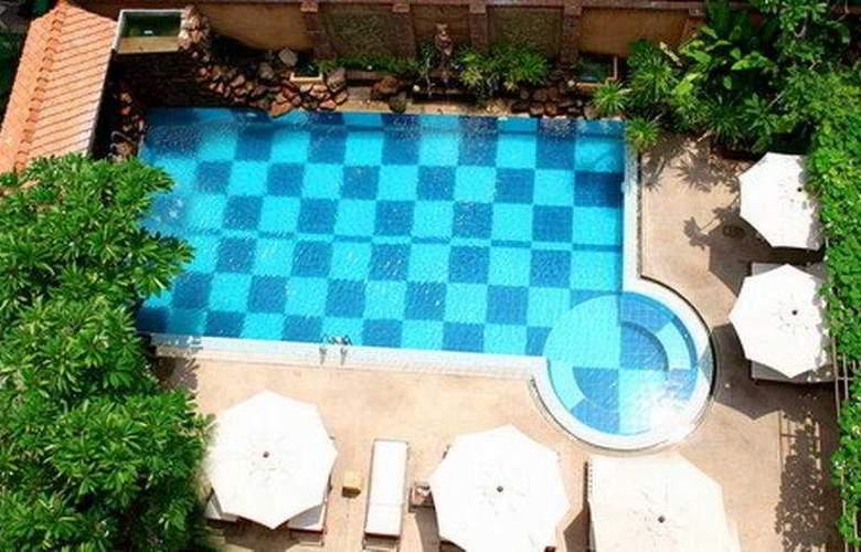 Bella Villa Prima - Pool - 6