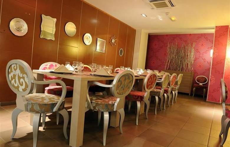 Atrium Arles - Restaurant - 27