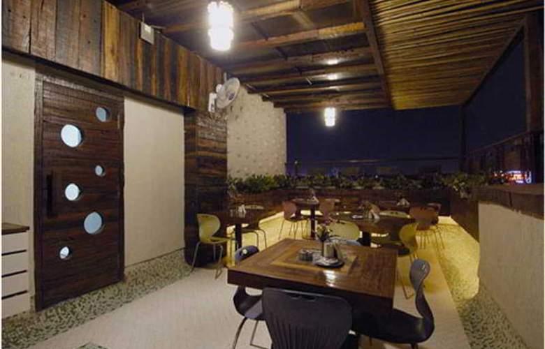 Planet Residency - Restaurant - 8
