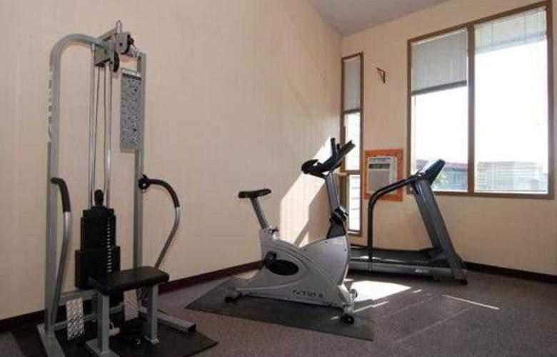 Quality Inn - Sport - 7
