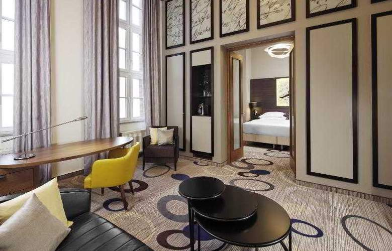 Sheraton Hannover Pelikan - Room - 11