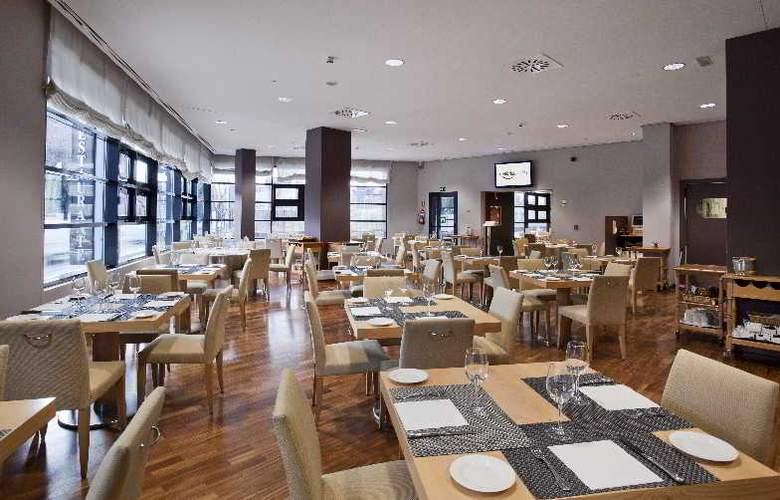 Ilunion Pio XII - Restaurant - 13