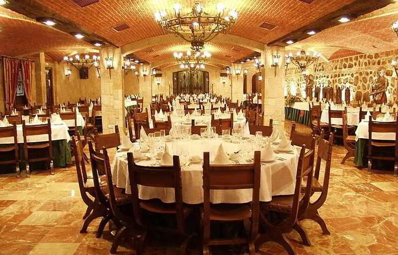Alfonso VI - Restaurant - 42