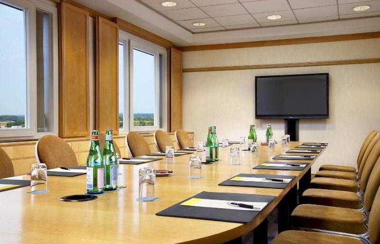 Sheraton Brussels Airport - Hotel - 10