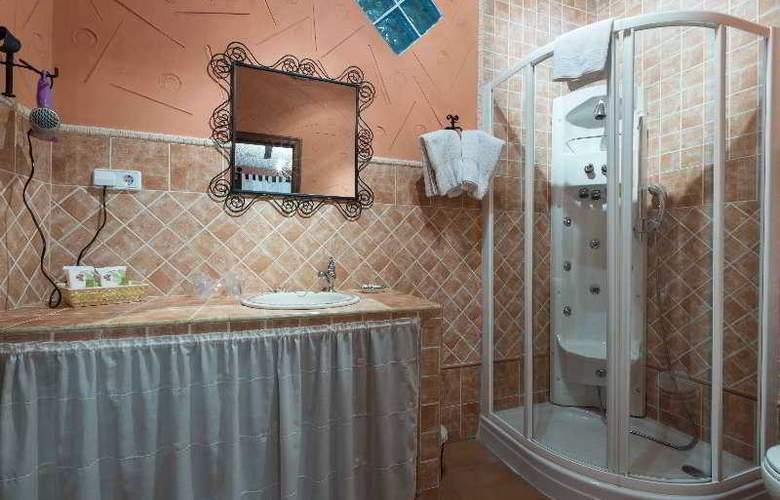 Palacio Guzmanes Hospederia Rural - Room - 16
