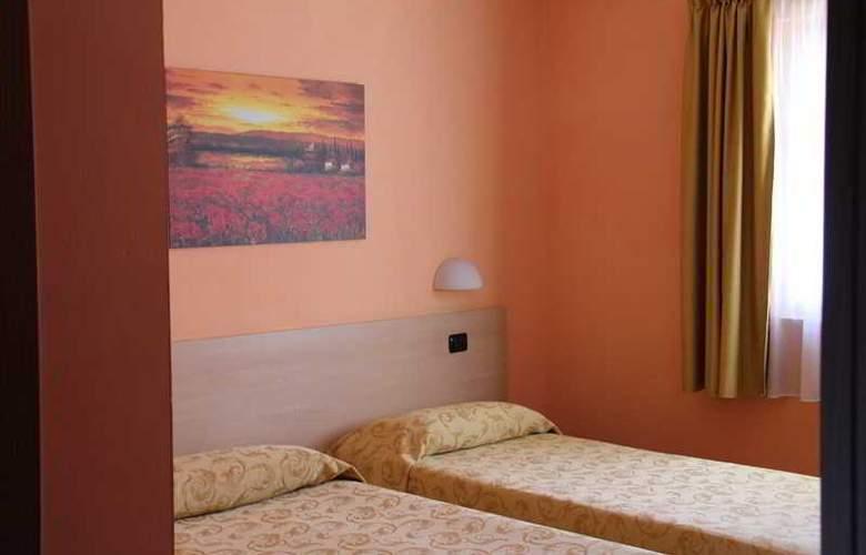 Lizard Hotel - Room - 9