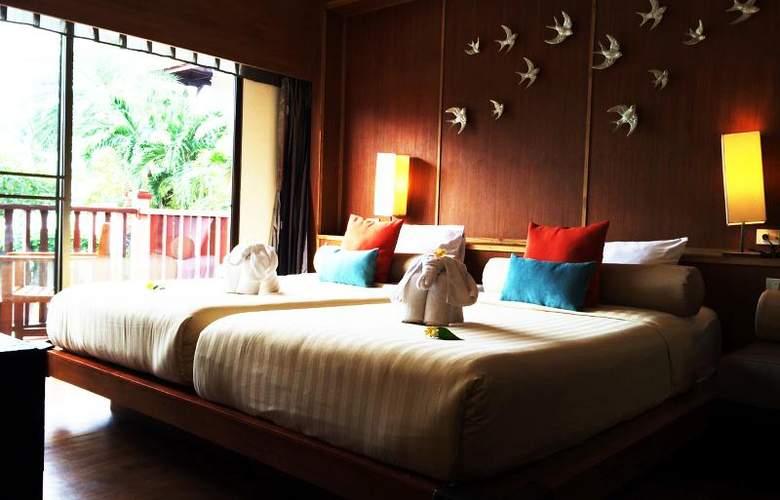 Seaview Patong - Room - 16