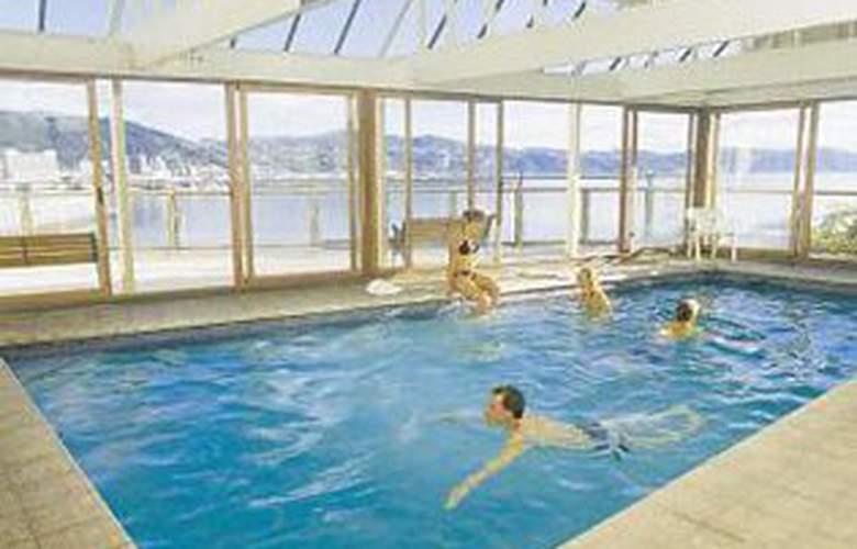 Copthorne Hotel Wellington Oriental Bay - Pool - 2