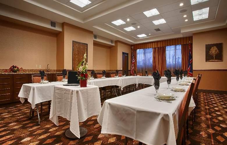 Best Western Ivy Inn & Suites - Conference - 76
