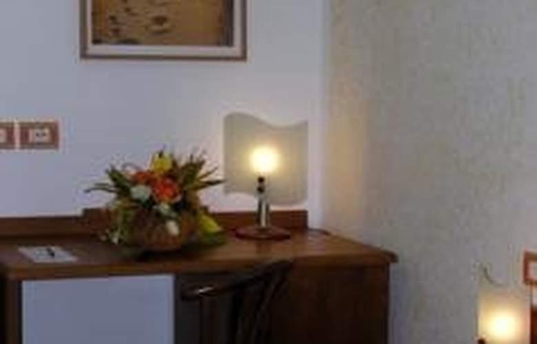 Hotel Residence San Pietro - Room - 4