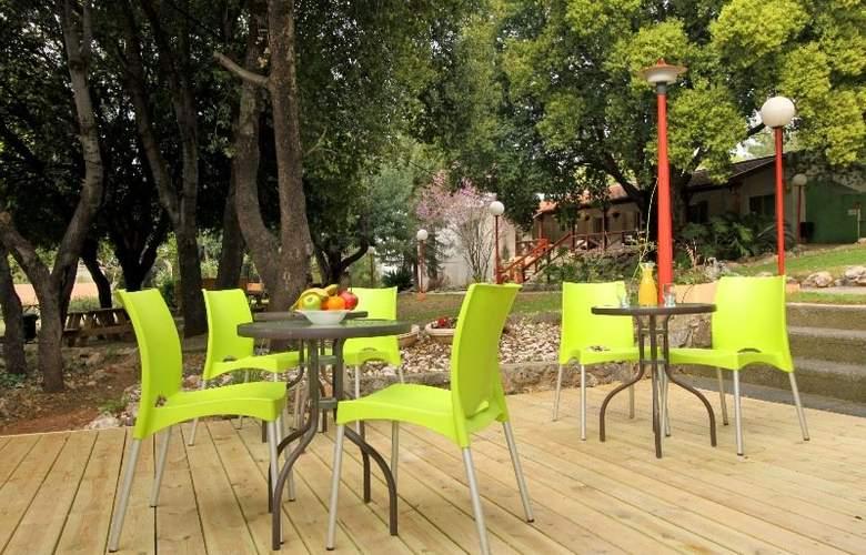 Kibbutz Eilon Travel Hotel - Terrace - 3