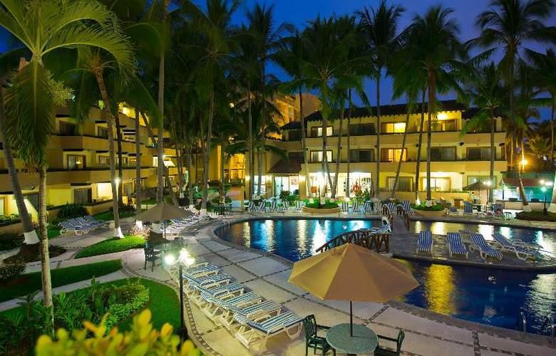 Villa Del Mar Resort & Spa - Pool - 11
