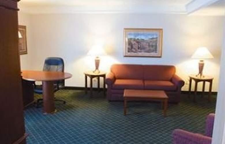 La Quinta Inn & Suites San Antonio Convention Cntr - Room - 3