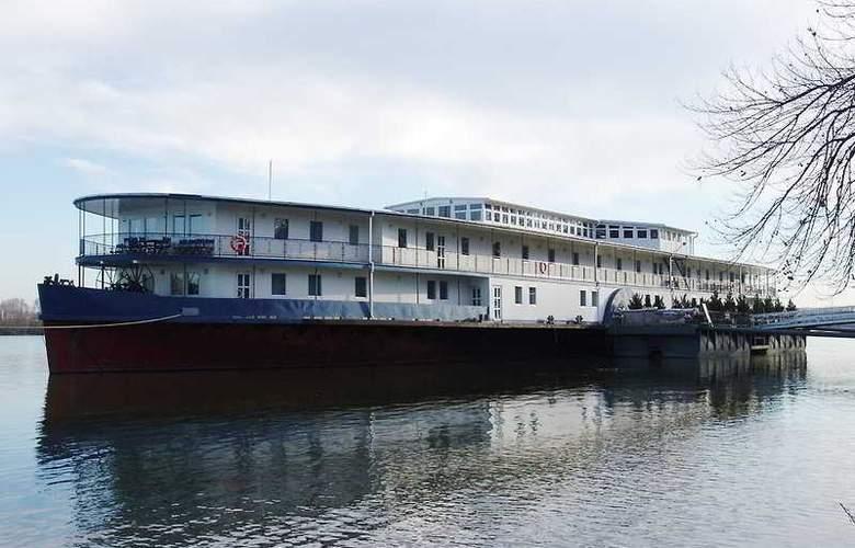 Aquamarina - Hotel - 0