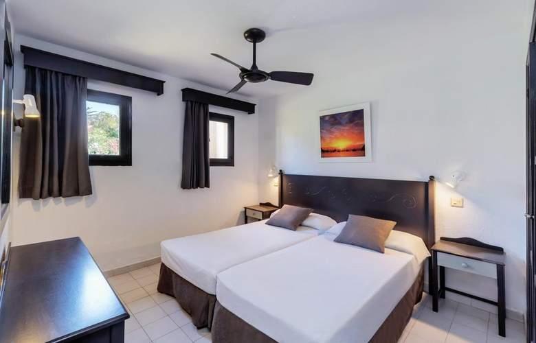 PortBlue Rafalet Apartments - Room - 10