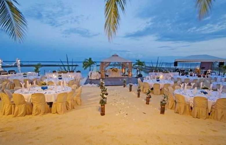 Costabella Tropical Beach Hotel - Beach - 16