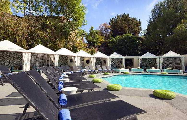 W Los Angeles Westwood - Pool - 26