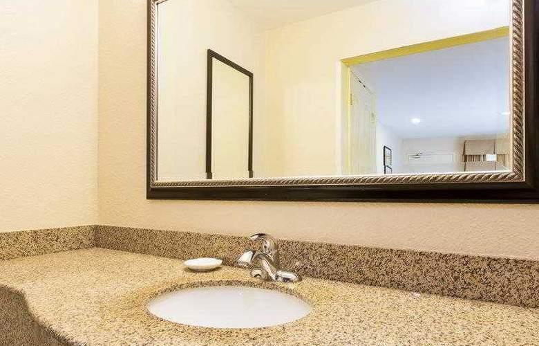 Best Western Plus Miramar - Hotel - 14