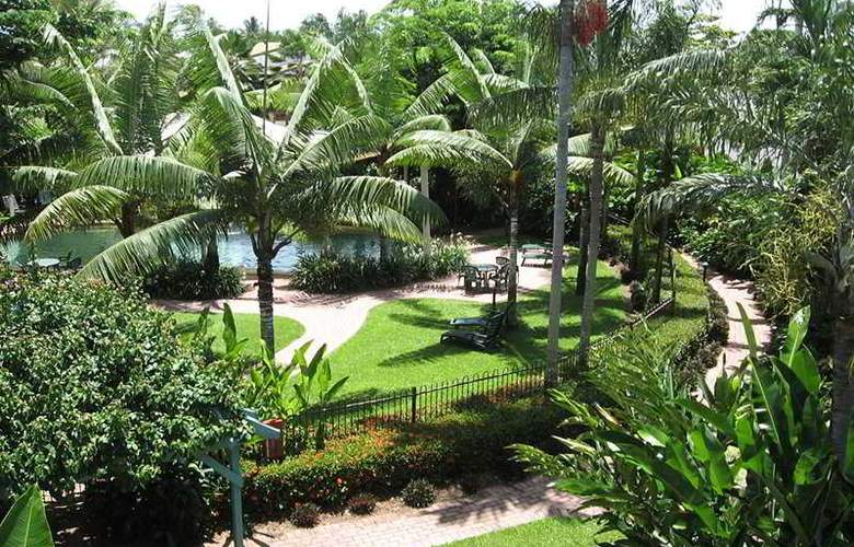 Australis Cairns Beach Resort - General - 3