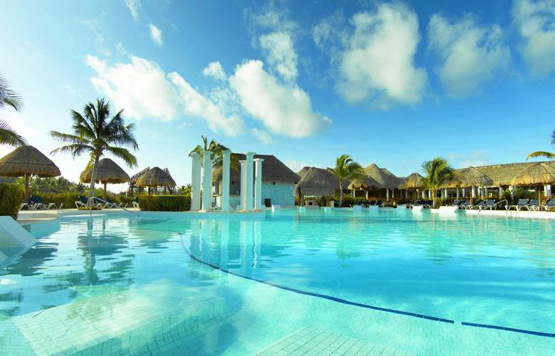 Grand Palladium Colonial & Kantenah Resort - Pool - 12